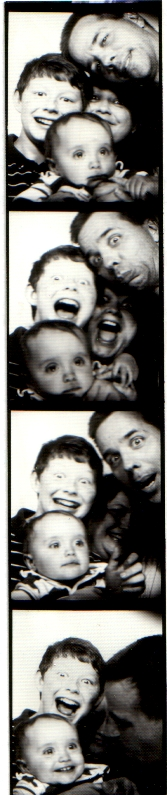 Photoboothfamily2004b