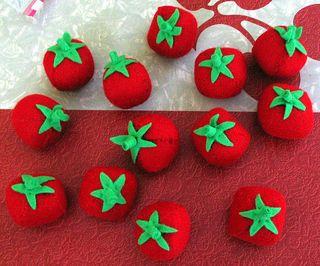 Felt tomatoes