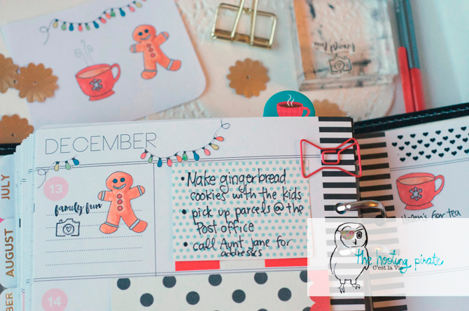 Have a crafty, creative Christmas this year with the Creative Christmas Bundle!