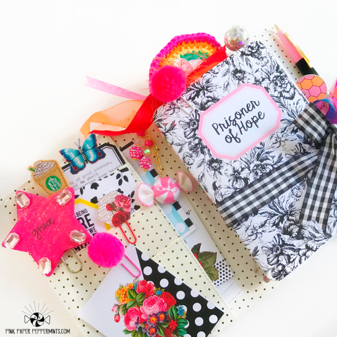 Traveler's Notebook printable inserts and journal cards!