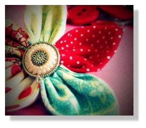 Fabric_flower_crop2